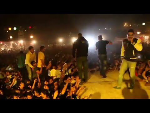 Yo Yo Honey Singh | Live Performance | Delhi | Blue Eyes Released 2013 Travel Video