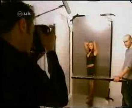 Holly Valance-photoshoot video-cd:uk 2002