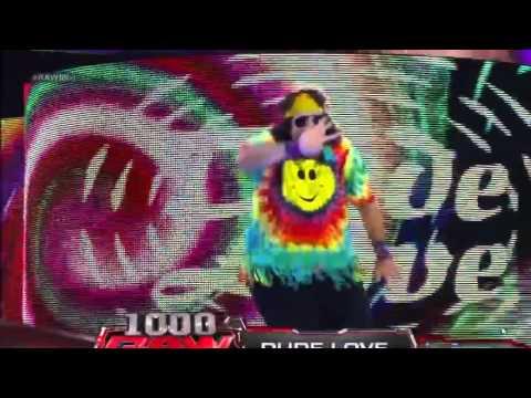 Dude love returns Raw 1000