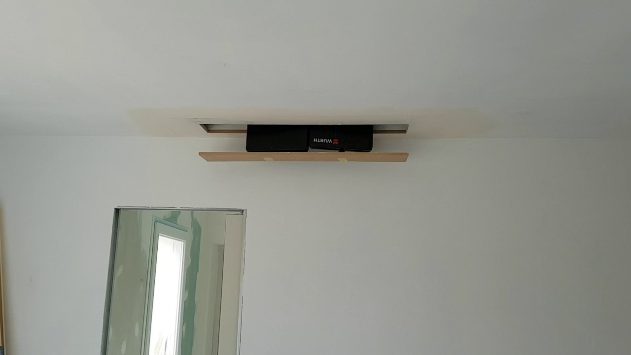 ascenseur de tv au plafond youtube. Black Bedroom Furniture Sets. Home Design Ideas