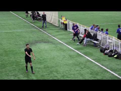 Genoa Kingston vs solo midfield