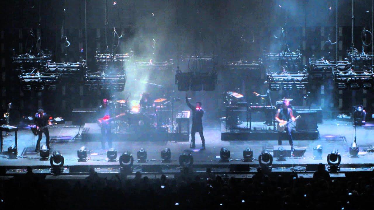 Nine Inch Nails - Somewhat Damaged - Live 2013 - YouTube