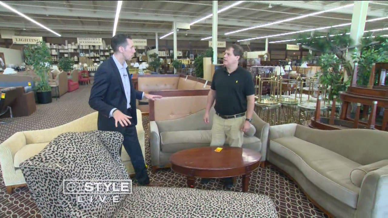 Ryan Visits Universal Hotel Liquidators