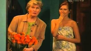 Repeat youtube video Salkkarit-Ulla yllättää markuksen