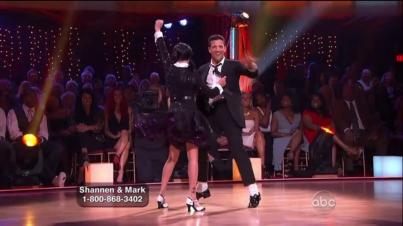 Shannen Doherty dances for the sake of his father 09.03.2010 49