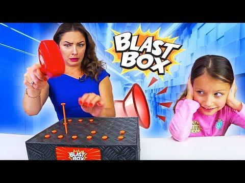 РОДИТЕЛИ Против Вики Новый BLAST BOX CHALLENGE Челлендж Взрывная Коробочка // Вики Шоу