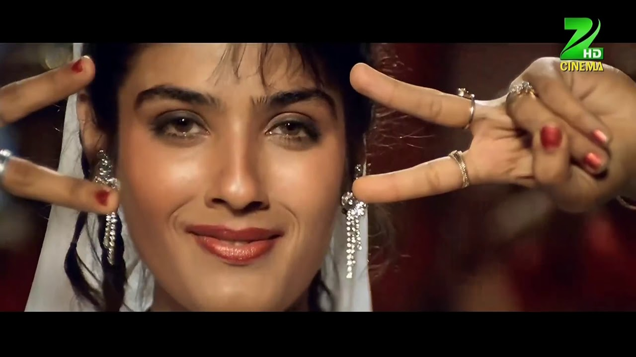 Download Tu Cheez Badi Hai Mast Mast Video Song   Mohra   Akshay Kumar & Raveena Tandon  