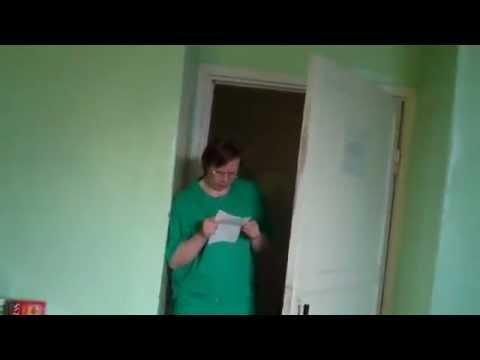 pyanaya-devushka-spit-video-osmotr