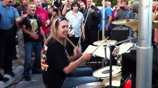 Nicko McBrain - Run To The Hills 12-12-2010