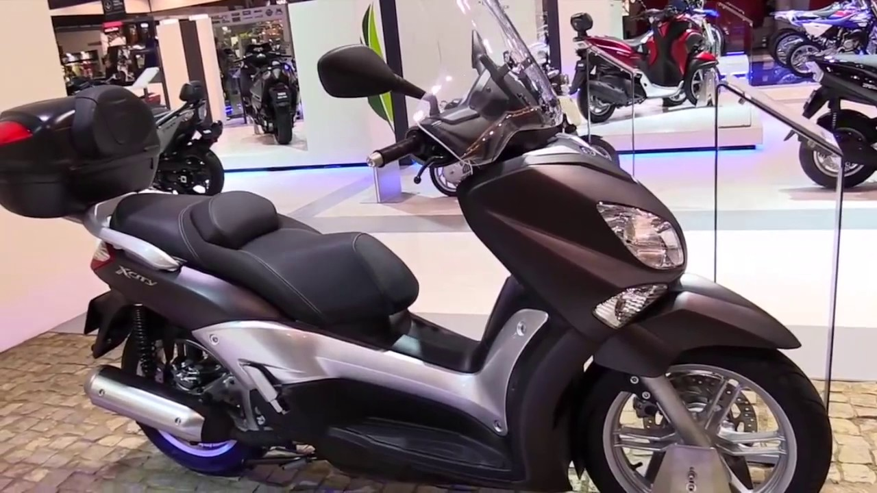 2018 yamaha x city 250 scooter se special lookaround le. Black Bedroom Furniture Sets. Home Design Ideas