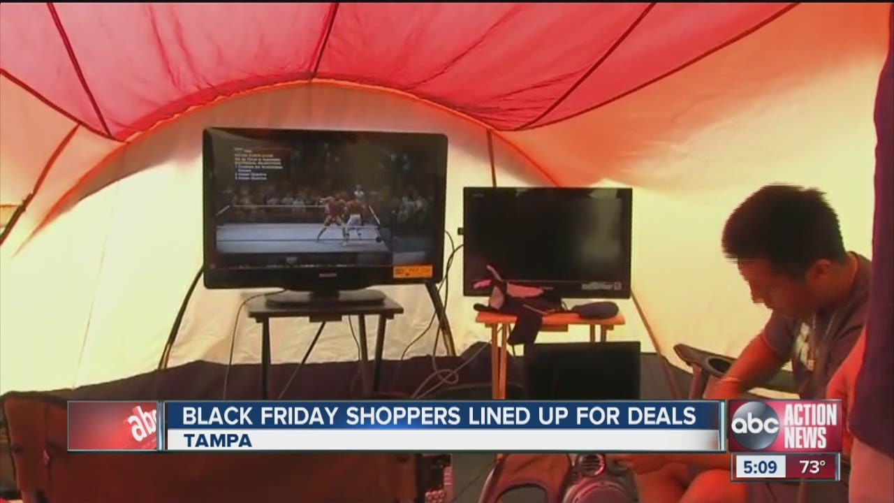 People Camping Out For Black Friday Deals Youtube