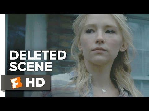 The Girl on the Train Deleted Scene - Megan Leaves Anna's House (2017) - Haley Bennett Movie