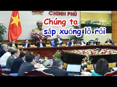 Chính phủ điêu đứng, hệ thống ngân hàng lao đao vì kinh tế Việt Nam đang trên bờ vực thẳm [108Tv]