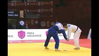 VIDÉO - Un judoka disqualifié après avoir fait tomber son portable