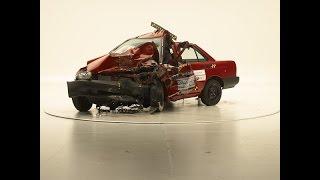 Nissan Tsuru - Nissan Versa - Crash test Global NCAP