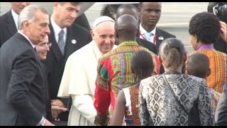 Pope Francis arrives in Kenya at start of landmark Africa tour