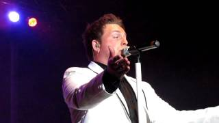 Johnny Reid - A Woman Like You (live) - St. John