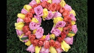 Фестиваль цветов. Голландия .(В небольшой деревеньке Лоттум в течении 90 лет раз в 2 года устраивают фестиваль Роз. На Rozenfestival собирается..., 2016-03-30T12:24:23.000Z)