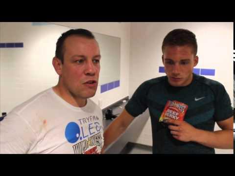 NICK BLACKWELL RETAINS BRITISH TITLE WITH 6TH ROUND TKO OVER DAMON JONES