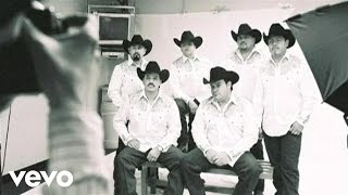 Watch Intocable Aire video