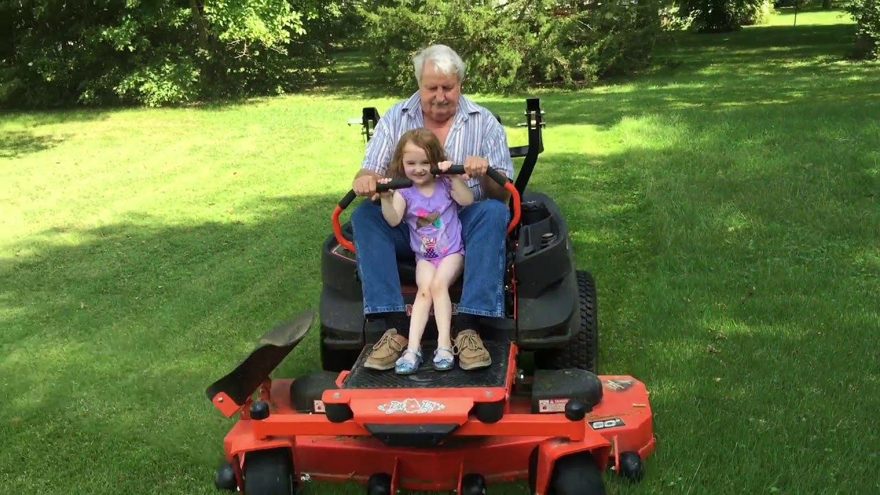 🚜 🌾 The Adventures Of Lawn Mower Girl! 🌳 🌱 - YouTube
