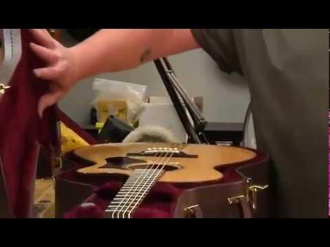 Humidifying Your Guitar
