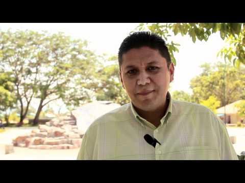 FELICITACIONES DE SALVADOR FUENTES POR EL ANIVERSARIO DE RADIO LEVY