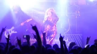 Скачать Arch Enemy Alissa White Gluz Heavy Metal Concert Tour 1