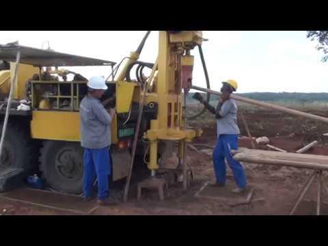 Буровая:спуск бурового инструмента..Drilling: descent drilling tools