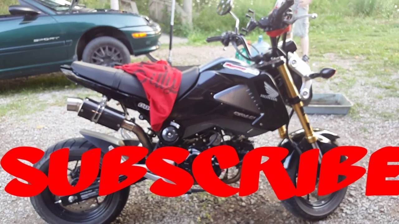 GROM MAINTENANCE/CHANGING OIL AND LUBING CHAIN (MSX 125)