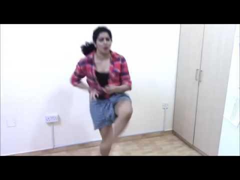 Aluma doluma performence by a girl