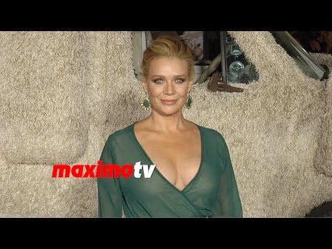 Laurie Holden  Dumb and Dumber To  Los Angeles Premiere  Arrivals