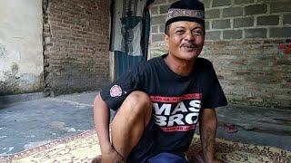 Download Video Abu Gosok musuhe Suroto Jogja Sarung Anyar MP3 3GP MP4
