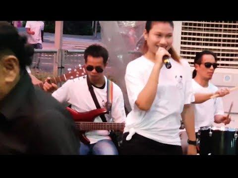 Jaran goyang -Nurul feat Redeem buskers Cover Vita Alvia,goyang asyik