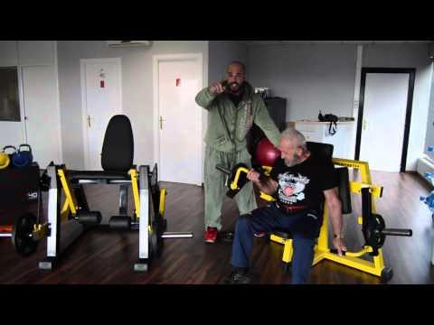 AML Entrenamiento de bíceps con Manuel Valbuena y Sergio Fernández en JBS