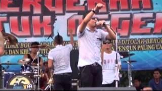 Gambar cover Tipe X - Sakit Hati (Live at Mayday Fiesta 2014 FSPMI Purwakarta)