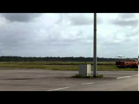 Landing at Cayenne - French Guyana - Air France A340