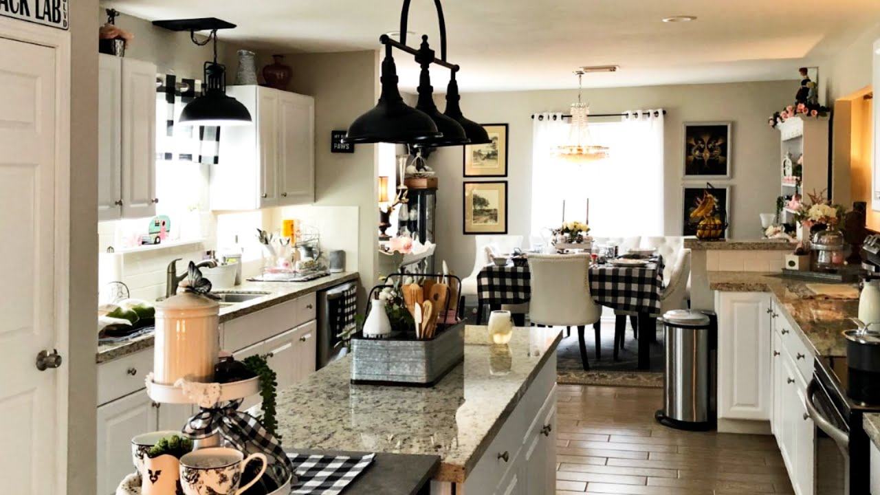 Rustic Farmhouse Home Tour 2021