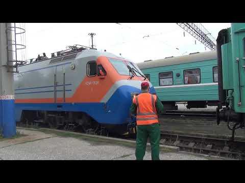KZ4A цепляют к пассажирскому поезду