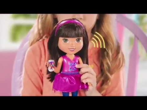 Fisher Price - Dora & Friends Chat With Me Dora - YouTube