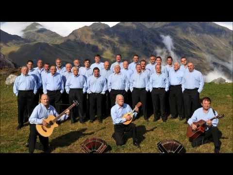 Hegoak   -   Choeur d'Hommes Pyrénéens Vaya Con Dios
