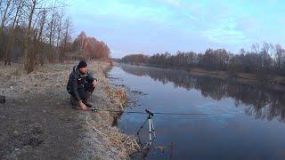 ПОКА НЕ ПОЙМАЮ РЫБУ ДОМОЙ НЕ УЙДУ СМЕНИЛ 5 МЕСТ Весенняя рыбалка 2021 Ловля на фидер весной