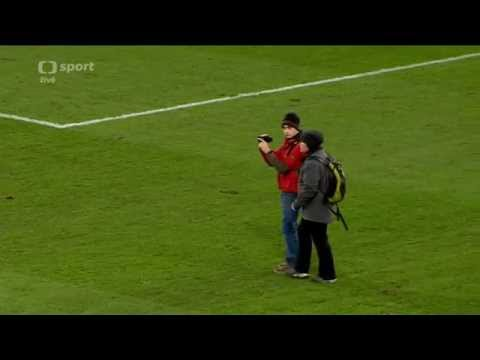 FC Basel - Real Madrid - Tourists on the pitch in CHL game (czech tv)