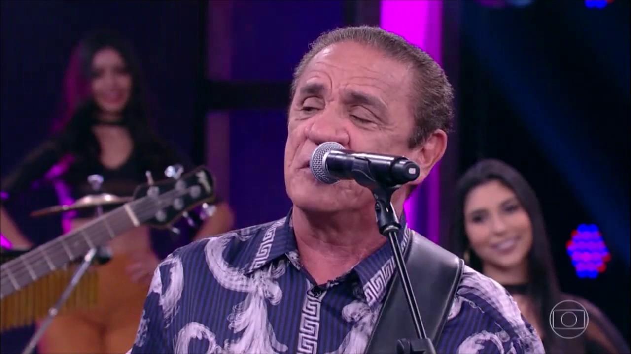 Zé Ramalho canta: 'Admirável Gado Novo'