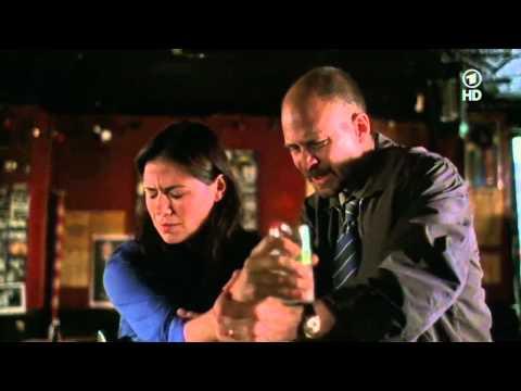 Oxygen - Lebendig begraben, eiskalt erpresst - Psychothriller mit Adrien Brody u. Laila Robins - ARD