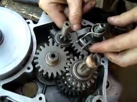 муравей с двигателем от мотоблока - YouTube
