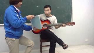 8/3 - Guitar đệm hát - Tình mẹ - lớp 0211a1