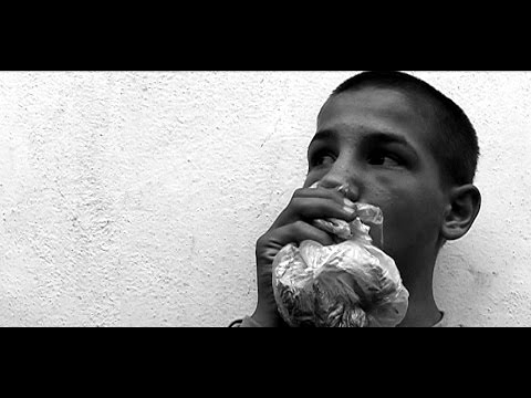 Gara de nord_street kidS. A documentary film by Antonio Martino (Romania 2006)