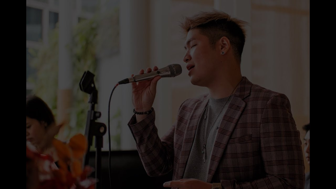 How a Lively singer sings for your event? Ft. Wilson - Wedding Live Band | Corporate Events