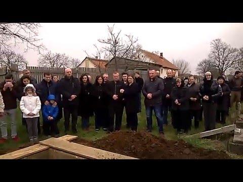 Wes Kathi-Wiesenhaid-Beerdigung-im Friedhof 1
